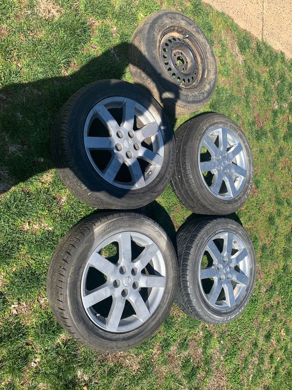 17in Nissan Rims with tires