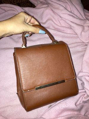 BROWN VINTAGE BAG for Sale in Phoenix, AZ
