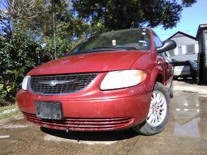 Chrysler Town & Country MiniVan for Sale in Houston, TX