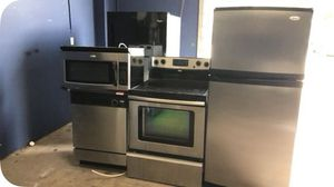 4 piece stainless kitchen appliance package for Sale in Orlando, FL