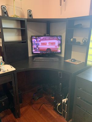 IKEA Mike corner work station for Sale in Snohomish, WA