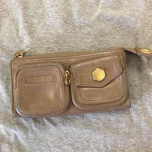 Marc Jacobs leather wallet for Sale in San Jose, CA