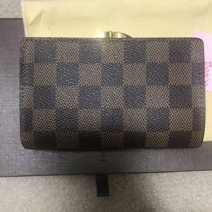 Louis Vuitton Wallet for Sale in Las Vegas, NV