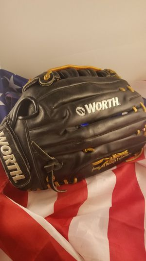 Worth model W 14 - 2 baseball / softball glove for the left-handed thrower for Sale in Modesto, CA