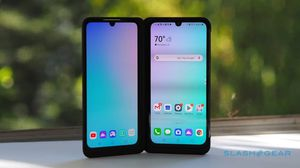 like new LG G8x thinq dual screen for Sale in Kansas City, MO