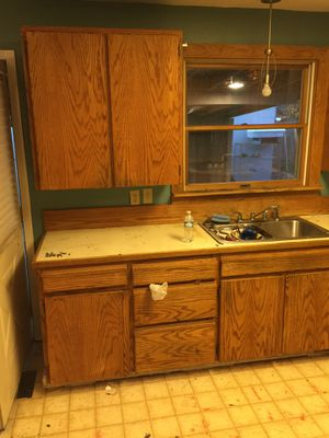 Kitchen cabinets for Sale in Oregon City, OR