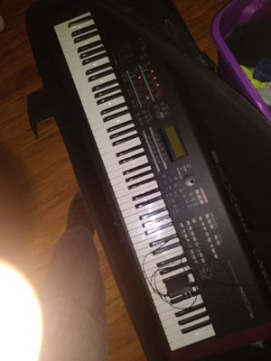 Yamaha MO XF8 keyboard for Sale in Knoxville, TN