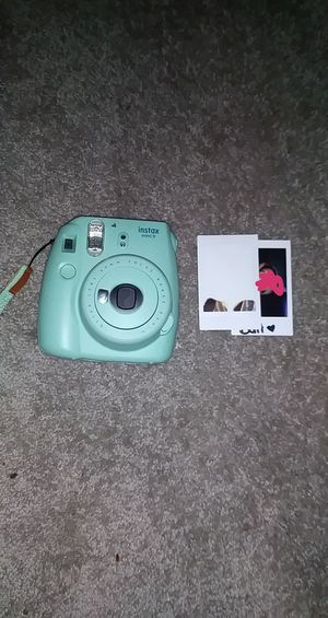 instax mini 9 for Sale in San Bernardino, CA