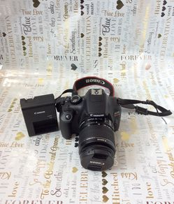 CANON : EOS REBEL T6. Camera W/ EFS 18-55mm. Macro 0.25 m/0.8ft. for Sale in New York,  NY