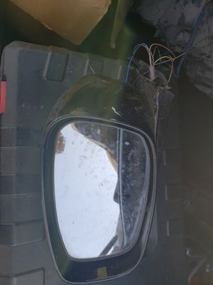 2012 Infiniti g37x driver side mirror for parts for Sale in Portland, OR