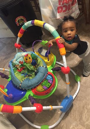 Baby Bath Tub And sitting toy for Sale in Greensboro, NC
