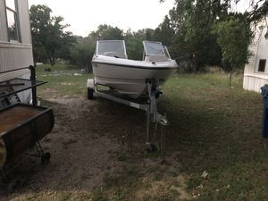 Bayliner boat 2003 for Sale in Marble Falls, TX