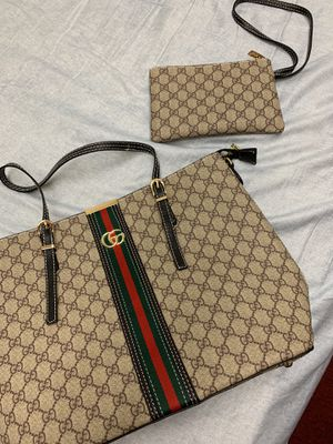 Gucci bag+wallet,combo only! $300 firm,clean for Sale in Santa Fe Springs, CA