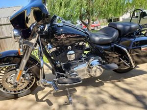 2011 Harley Davidson Road King FLHR for Sale in Fort Smith, AR