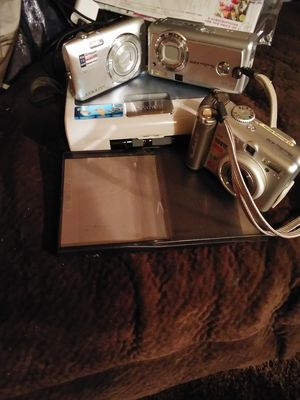 Camera and printer and sd memory card for Sale in Paint Lick, KY