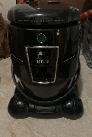 Hyla vacuum with carpet & hard floor attachment for Sale in Tulsa, OK