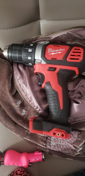 Milwaukee drills, 3 drills 1impact wrench and 1 impact for Sale in Escondido, CA