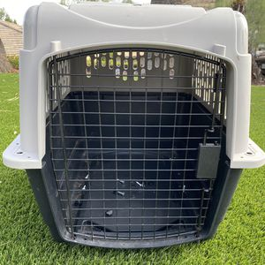 Medium Size Dog Crate for Sale in Canyon Lake, CA