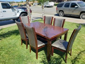 Dining table that seats 6 for Sale in Beaumont, CA