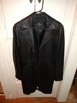 Women's Leather Trench Size Medium for Sale in Wichita, KS