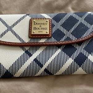 Dooney & Bourkey Wallet, White and Blue 7x4 In for Sale in San Lorenzo, CA