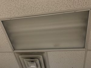 4x2 Light Fixture with ballast for Sale in Westerville, OH