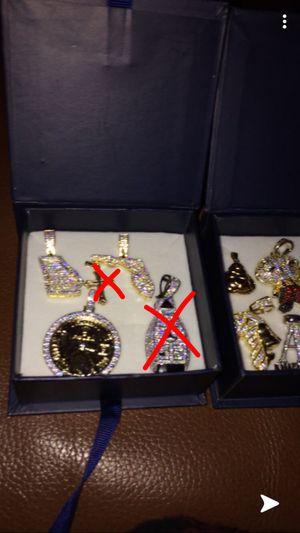 Lab Diamond pendant lot/ bundle w Free items for Sale in Las Vegas, NV