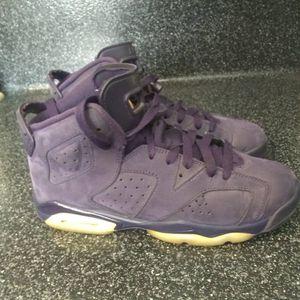 Jordan 6 retro purple dynasty 6y for Sale in Baldwin Park, CA