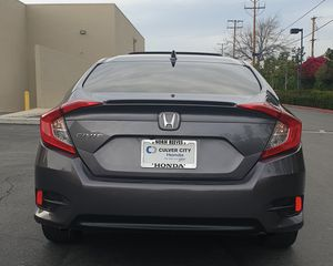 HONDA CIVIC EX TURBO 2018 TITULO SALVAGE for Sale in South Gate, CA
