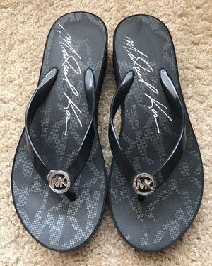 MICHAEL KORS , Black JEt Set Women's Rubber Flip Flops, Size: 8 for Sale in Houston, TX