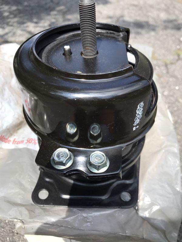2003-06 Acura MDX front motor mount