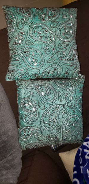 Decorative Pillows for Sale in Port St. Lucie, FL