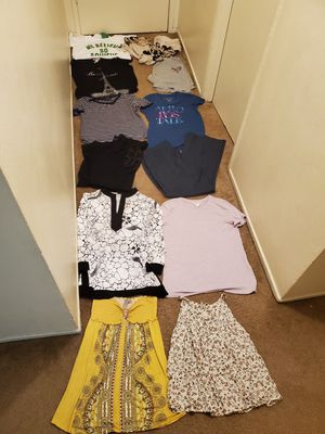 Excellent condition women's clothes size large for Sale in Anaheim, CA