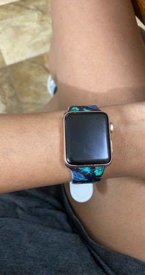 apple watch series 3 gold for Sale in Henderson, TX