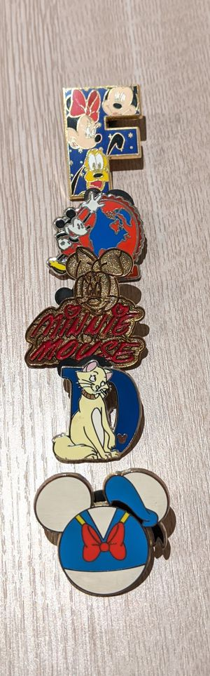 32 Disney Trading Pin Collection for Sale in Los Angeles, CA