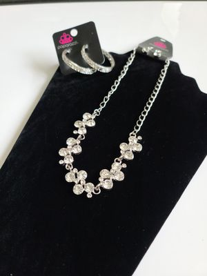 Diamond Necklace W/Earrings for Sale in Charlotte, NC