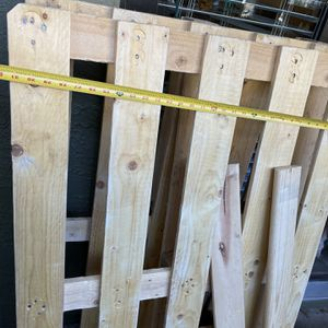 Clean Polished Pallets $10 Each for Sale in Atlanta, GA