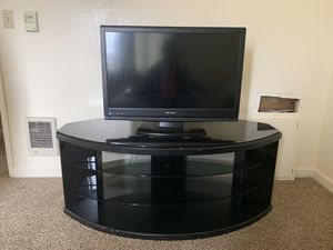 Emerson older but works great 32 inch for Sale in Aberdeen, WA