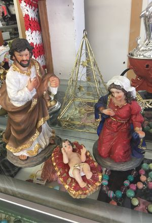 Jesús Maria y José la Familia for Sale in Farmersville, CA