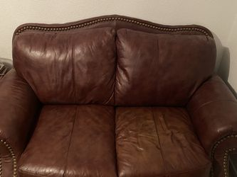 Couch And Love Seat Set With Ottoman for Sale in Arlington,  TX
