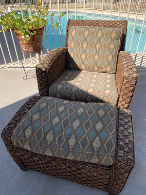 Wicker Rattan Chair and Ottoman for Sale in Glendale, AZ