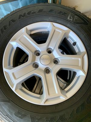 "Jeep Wrangler JL Sport S 17"" Wheels and Tires w/TPMS Sensors for Sale in Plainfield, IL"