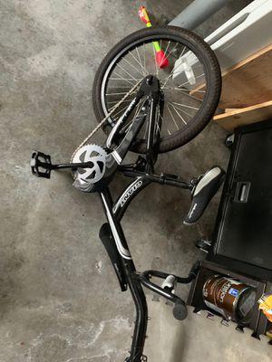 Giant halfwheeler bike for Sale in Seattle, WA
