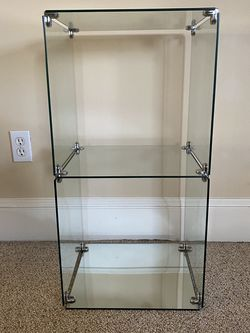 "2 Toer Glass Cubicle Display Case Shelves 14.5"" x 14"" x 29"" Side table coffee for Sale in Portland,  OR"