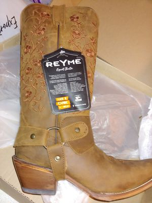 Woman Boots Size 9 for Sale in Fort Worth, TX