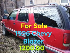 Chevy Blazer 4x4 for Sale in Park Hills, MO