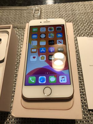 IPhone 8 64 g unlocked for all carriers for Sale in Mount Prospect, IL