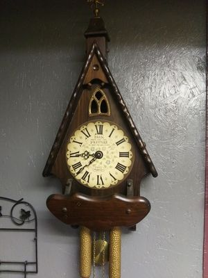 Antique cathedral wall clock for Sale in Campobello, SC