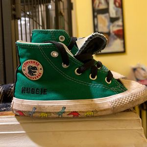 Toddler Shoes Converse Dinoverse Huggie Size 8 for Sale in Brooklyn, NY