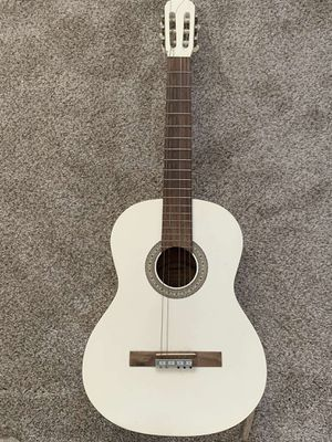 6 String Guitar for Sale in Stockton, CA